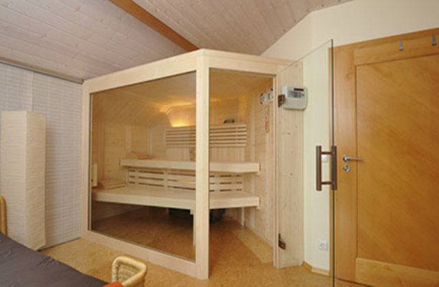 saunaspezialist sauna bayern reinbold saunabau. Black Bedroom Furniture Sets. Home Design Ideas